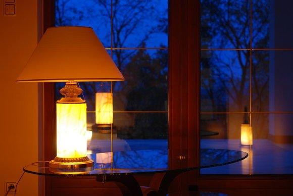 Design Lampe Tischlampe Tisch Lampen Leuchte Deko Klassische Beleuchtung 65cm