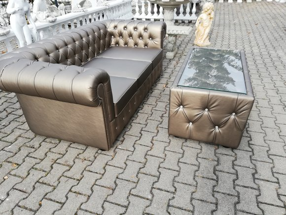Design Chesterfield Sofagarnitur 3 + Couchtisch Couch Leder Polster Gold Neu